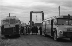 """Årsmøte husflidslaget"".""Raknes 1959""..T-8716 var en kombine"