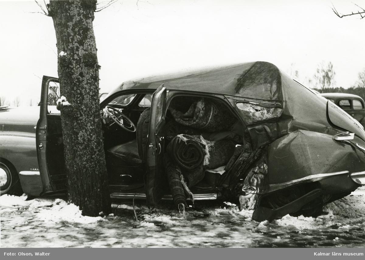 Krockskadad bil.