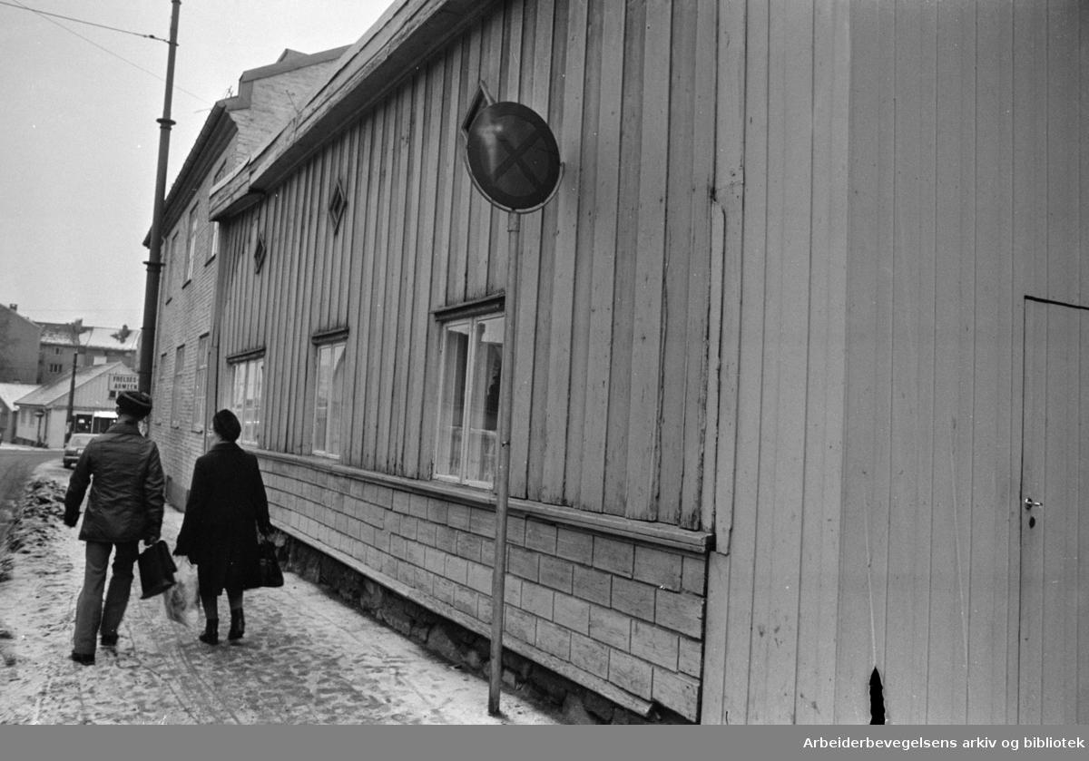 Maridalsveien ovenfor krysset i Arendalsgata. Januar 1978