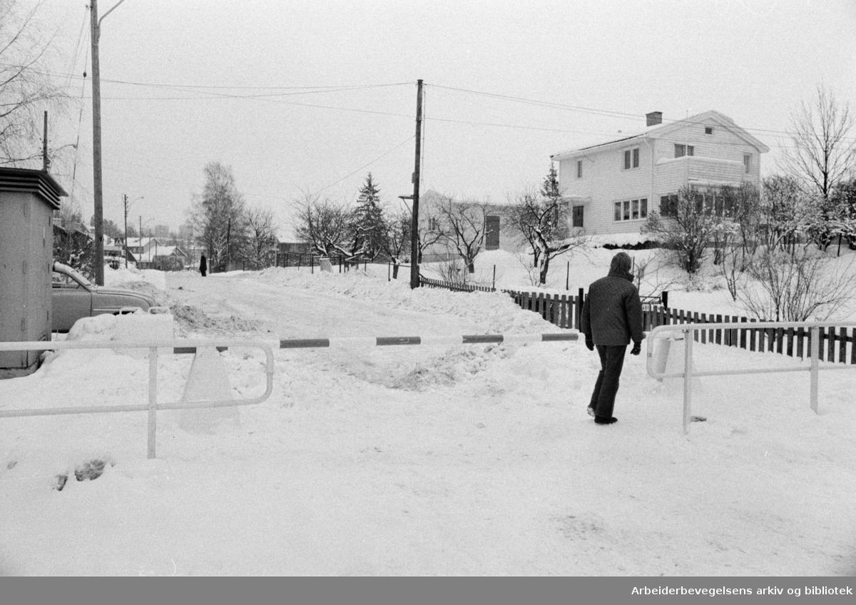 Lofthusveien. Februar 1976