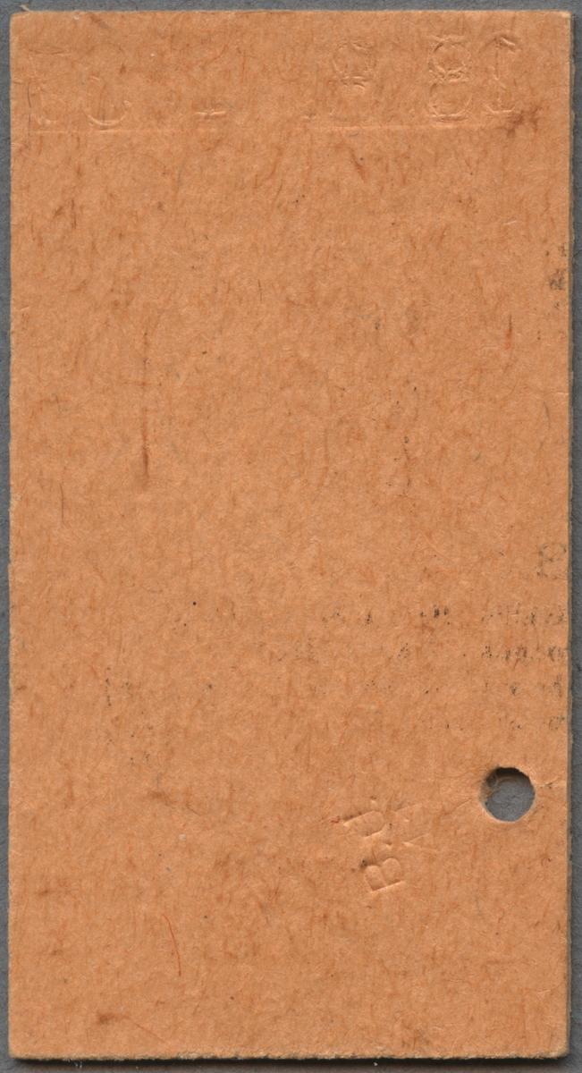 """Brun Edmonsonsk biljett av kartong med texten: """"Tfv. G.-D.-G. BJ Tur och retur  TÖSSE - ÅMÅL 3:e kl. Kr. 0.60 Gäller 10 dagar, avstämplingsdagen inräknad. Biljettens giltighetstid utlöper kl. 24 sista giltighetstiden"""". Biljetten har datumet """"18.8.1937"""" präglat längst upp. På nedre delen finns en cirkel med bokstaven """"R"""" och en annan cirkel med bokstaven """"T"""", ovanför bokstaven är ett hål efter biljettång. När biljettången används för att göra hål så blev biljetten också präglad """"B.J. 41"""" på baksidan. Längst ner står biljettnumret """"7886"""".  Historik: Vissa biljettänger gjorde inte enbart hål i biljetten utan de märkte dem med bolagets initialer och ett nummer som var personligt för användaren. Trafikförvaltningen Göteborg-Dalarne-Gävle, Tfv GDG bestod av bolagen Bergslagernas Järnvägar, BJ, Gävle-Dala Järnväg, GDJ och Södra Dalarnes Järnväg, SDJ. De bildades 1909 tillsammans med Stockholm-Västerås-Bergslagens Järnvägar, SWB och hette fram till 1918 Tfv Göteborg-Stockholm-Gävle, Tfv GSG. Efter 1918 så lämnade SWB den gemensamma trafikförvaltningen och de kvarvarande bolagen bildade Tfv GDG 1919. De blev sedan uppköpt av Statens Järnvägar, SJ 1947."""