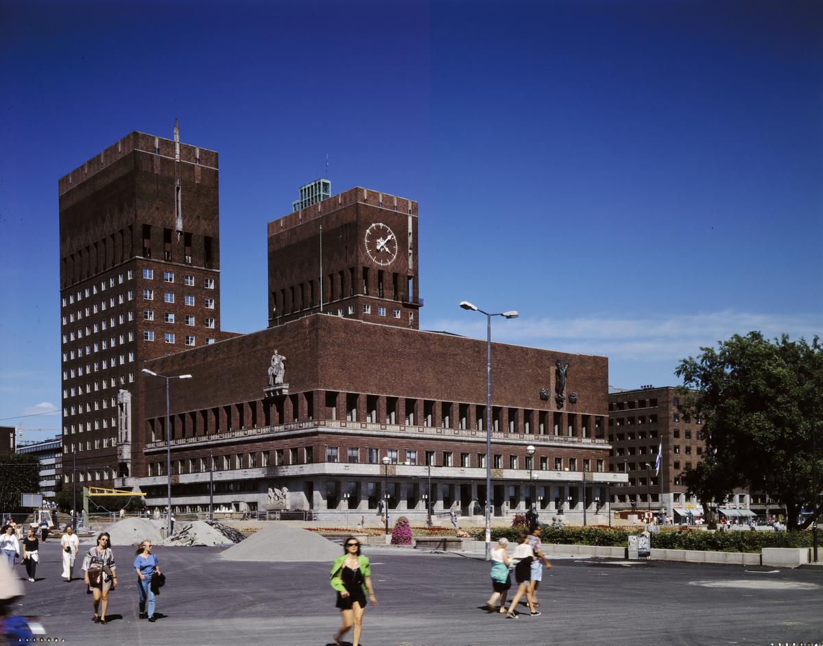 Rådhuset i Oslos interiør og utsmykning. Rådhuset i Oslo