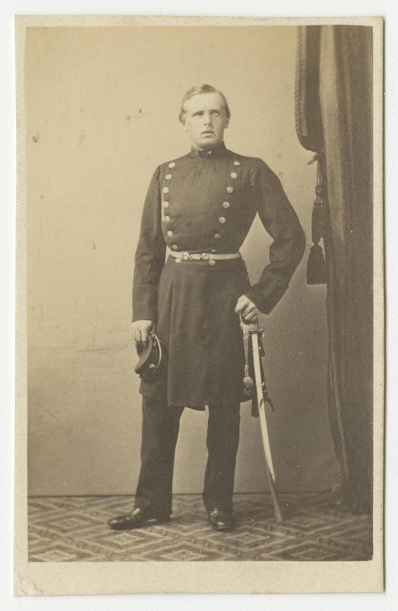 Porträtt av Johan Carl Follin, underlöjtnant vid Västgöta regemente I 6.