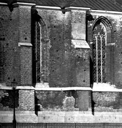 Östra delen av Oxenstiernska gravkoret och västra delen av D