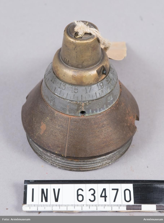 Grupp F II. Till 16 cm granatkartesch m/1885 till 16 cm haubits m/1885. Med rörtallrik.
