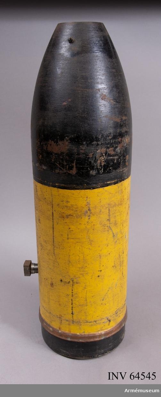 Grupp F II.  Gasspränggranaten är tom.