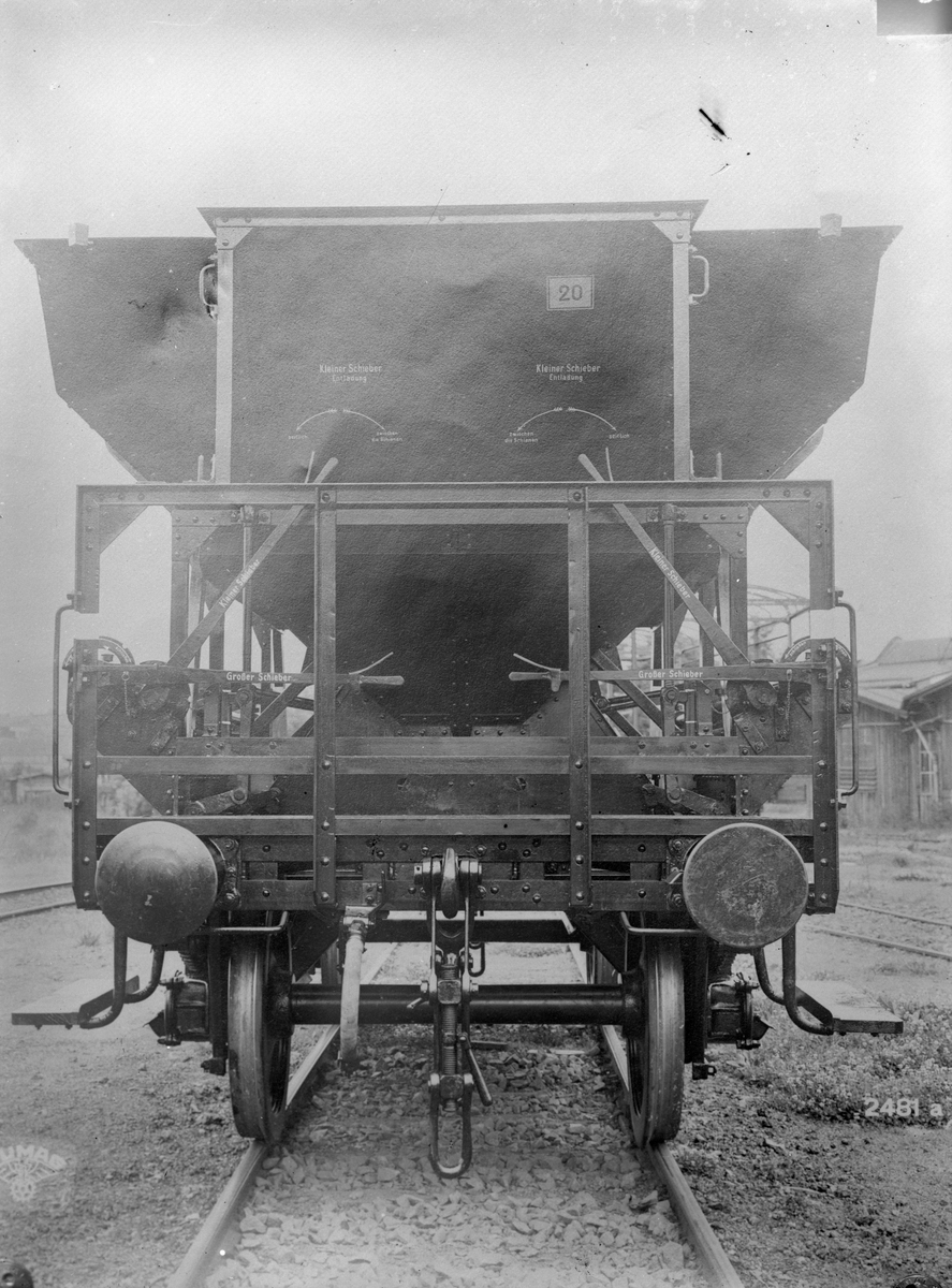 Självlossande tysk makadamvagn