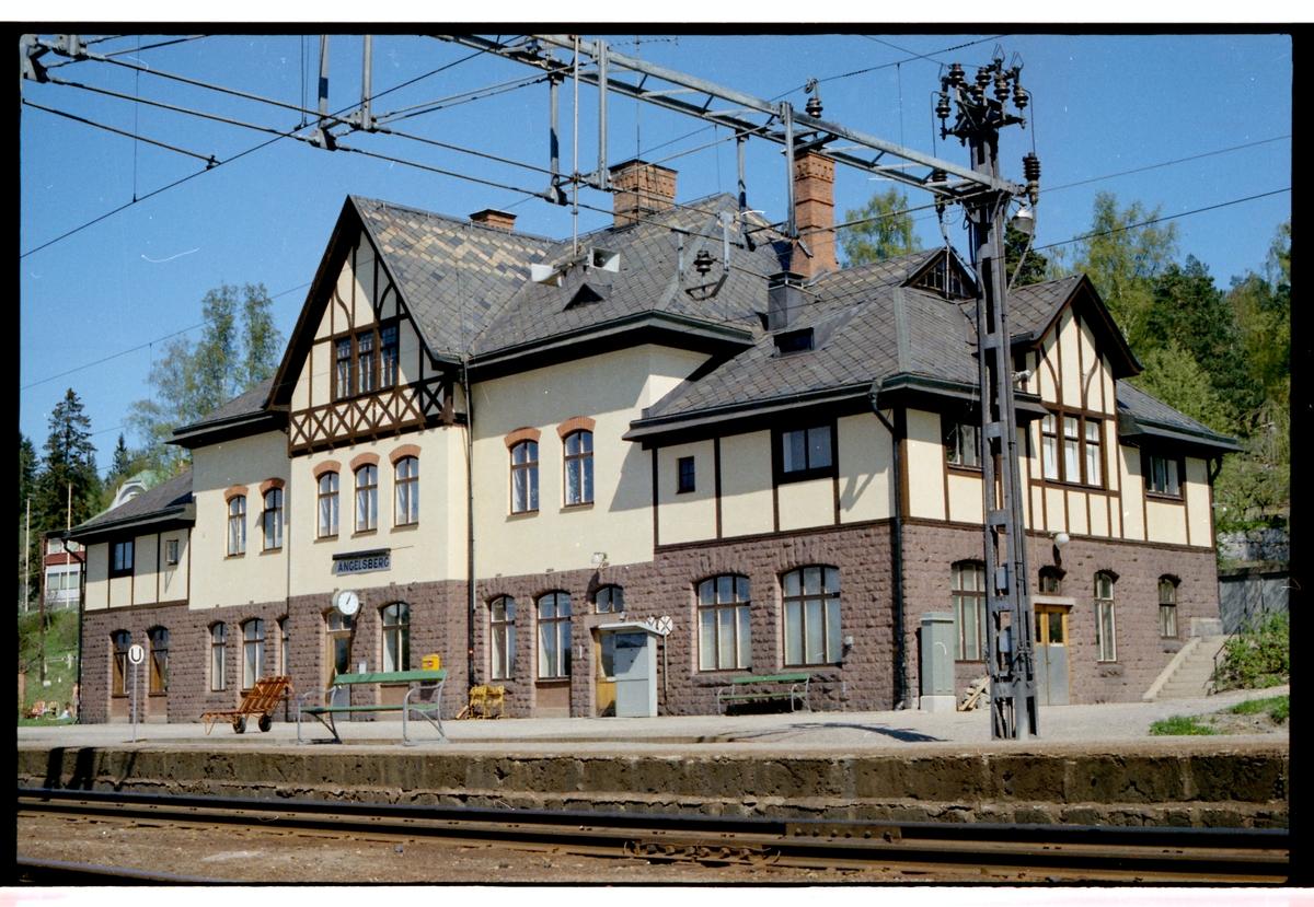 Ängelsberg station.