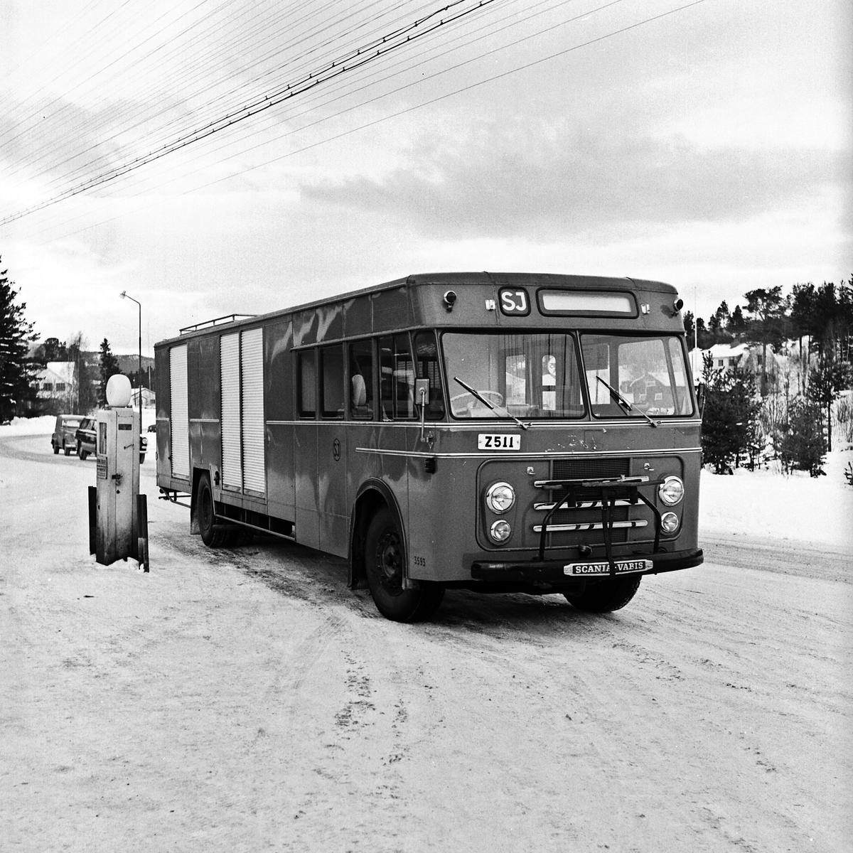 Ilgodspaket till Messlingen. SJ Landsvägsbuss 3593