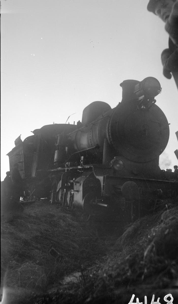 Olycka mellan Valskog och Köpng på Trafikaktiebolaget Grängesberg - Oxelösunds Järnväg.TGOJ M3 50