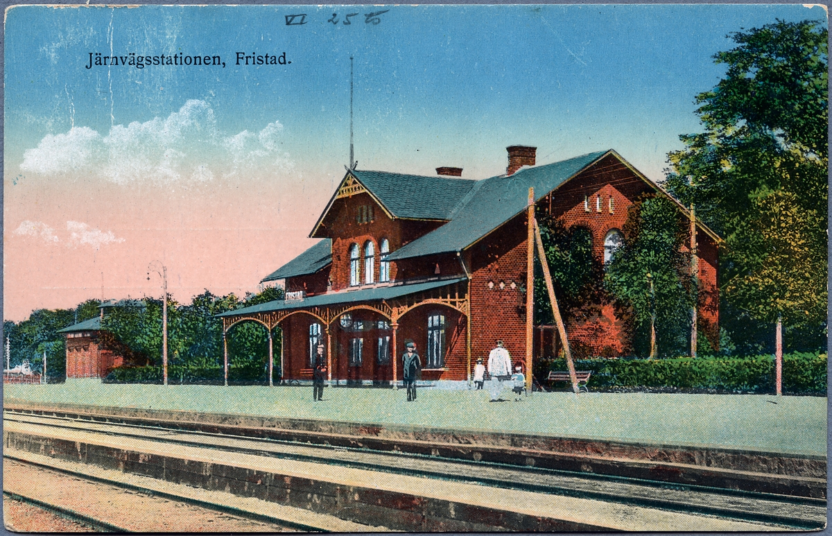 Fristad station.