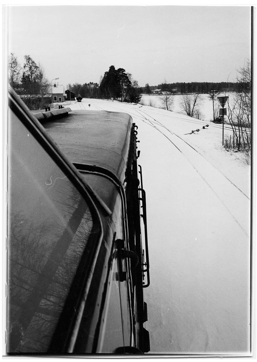 Statens Järnvägar, SJ Tp 3515 under rundgång från spår 1 till spår 2 i Braås.