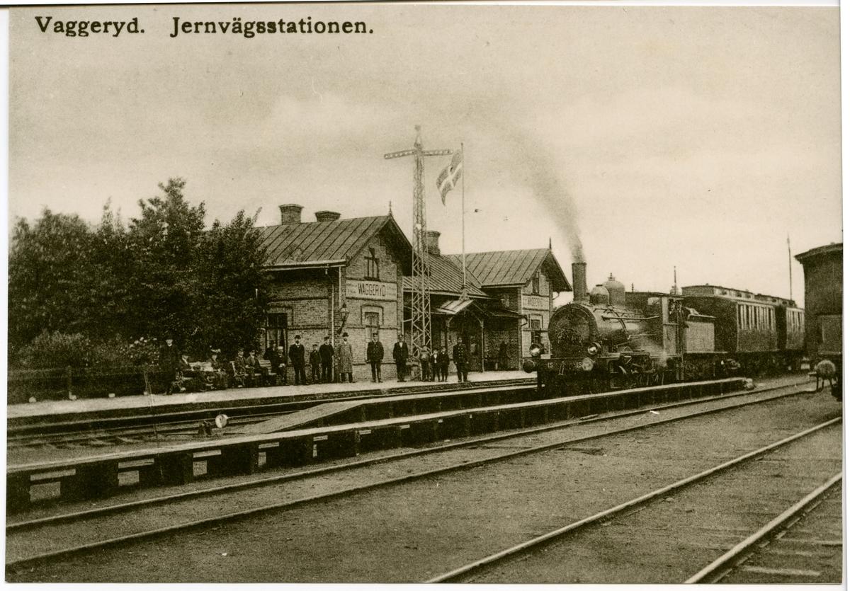 Waggeryd station  HNJ Halmstad-Nässjö-Järnväg lok 15