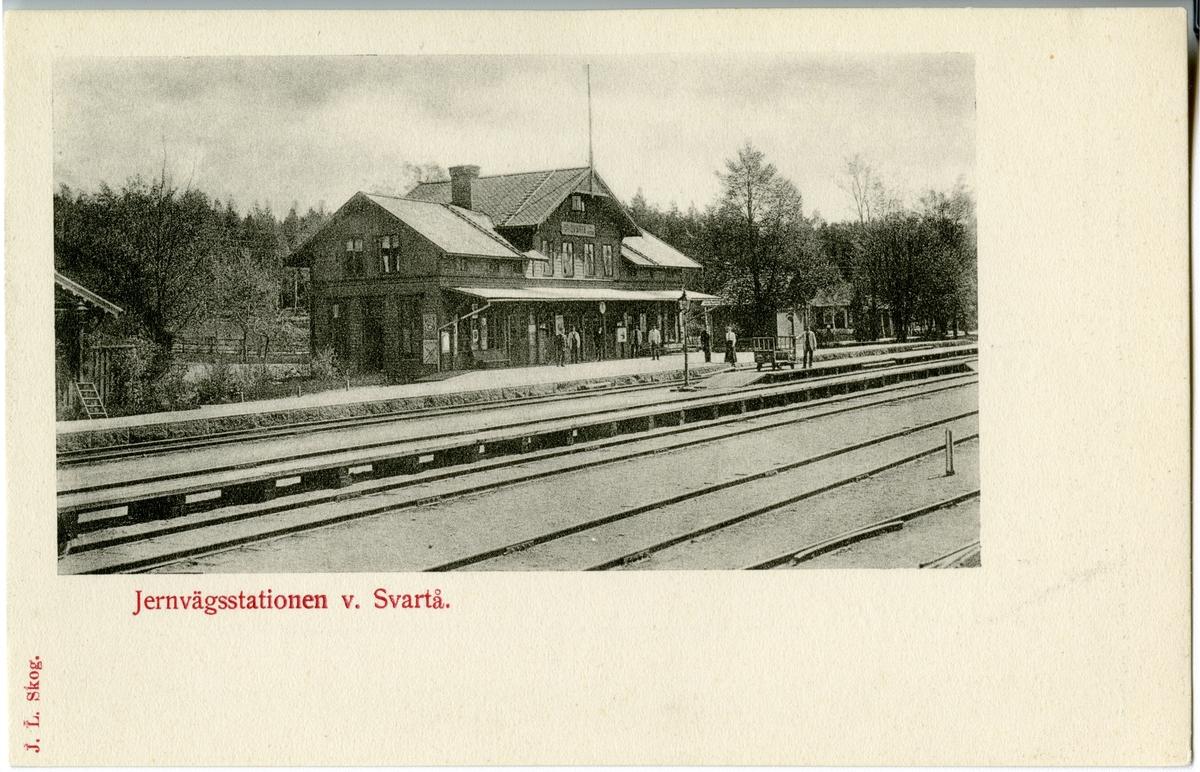 Resande vid Svartå Station.