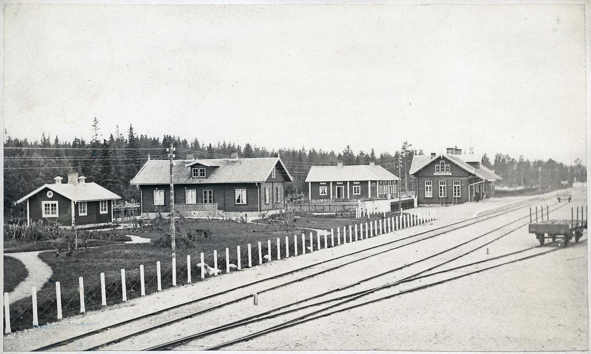 Moheda station.