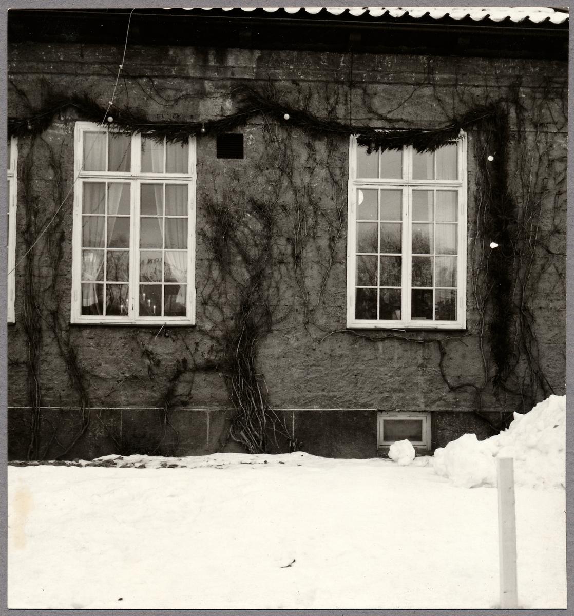 Byggnadsdetaljer på stationshuset i Sundsvall.