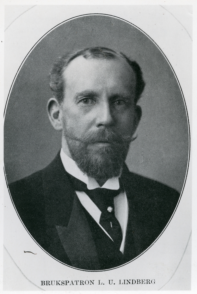 Brukspatron Lars Uno Lindberg som var styrelsesuppleant 1885-1903, styrelseledamot 1903-1907, vice ordförande 1907-1917, styrelseledamot 1917-1923