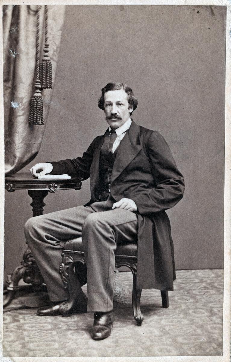 Nivellör Johan Emil Hagdahl.