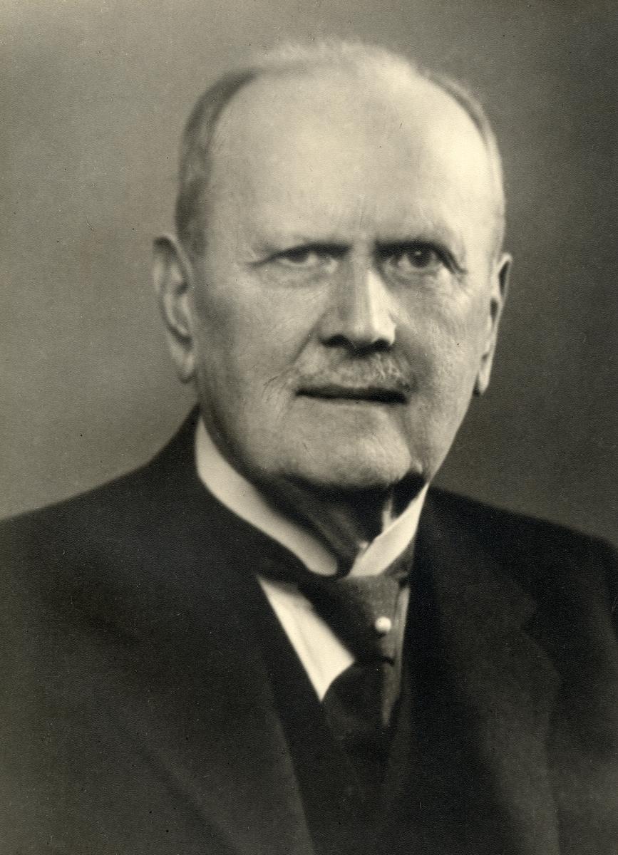 Ernst Axel Gezelius chef kontrollkontoret 1917
