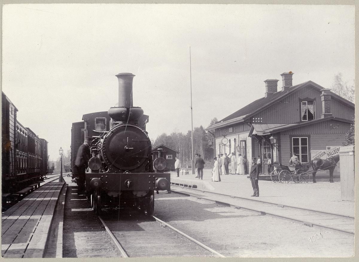 SWB 24 i Ramnäs 1904. Inspektor C.O.R. Falk.