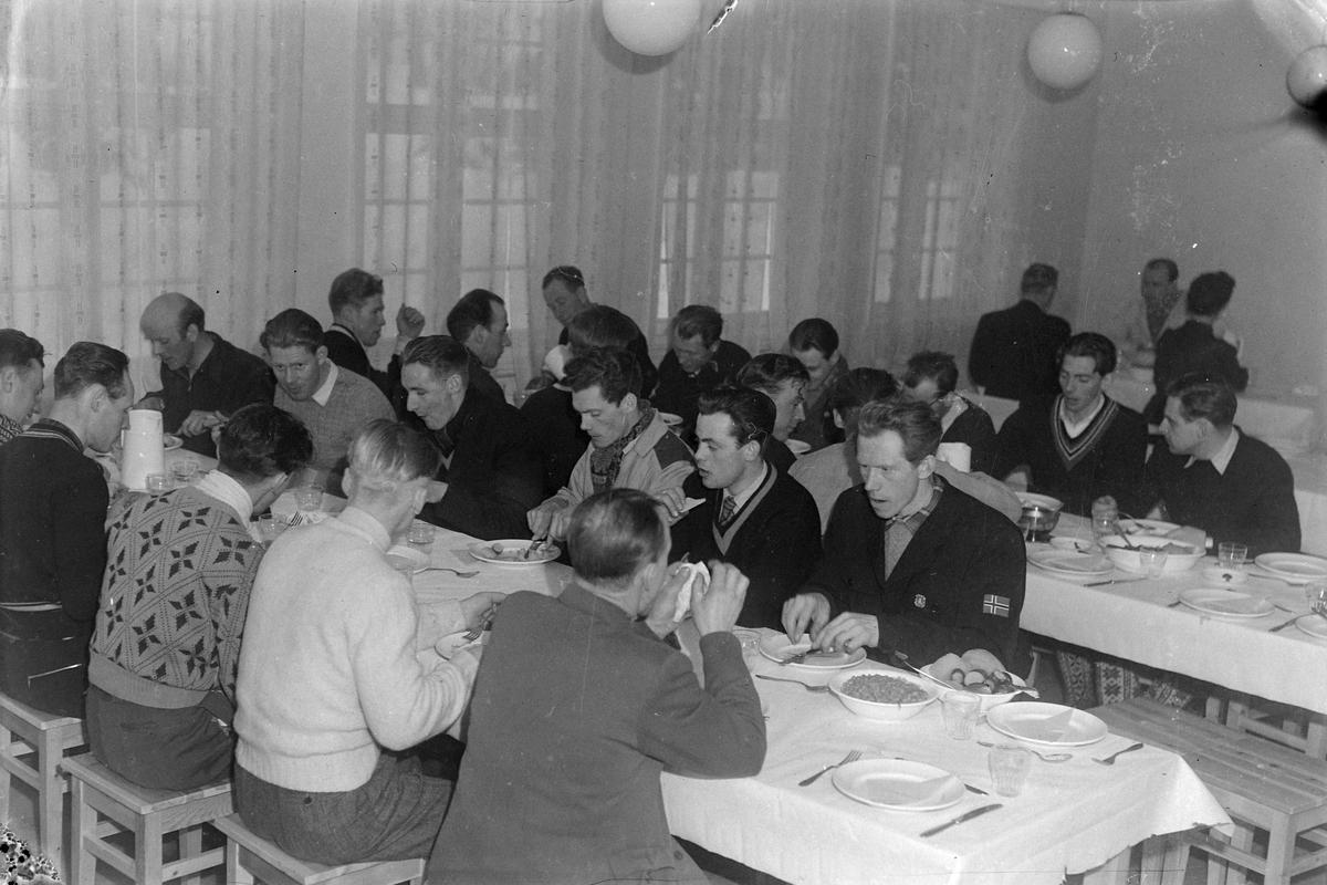 NM-deltakere i forlegningen på Leirbrua