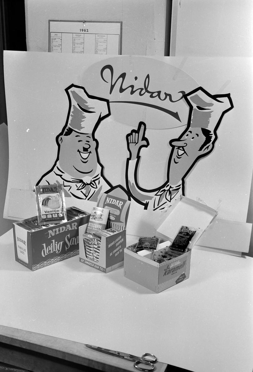 Reklame for Sauser og suppe fra Nidar Chokoladefabrik A/S