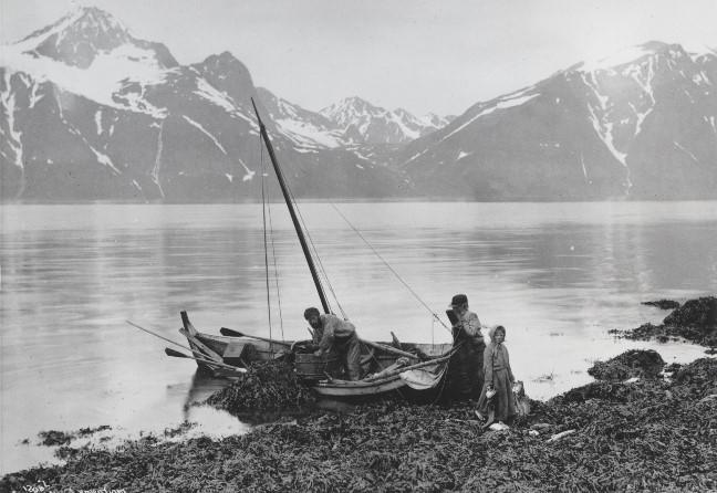 For folks dagligliv har båter vært unnværlige i kystmiljø.