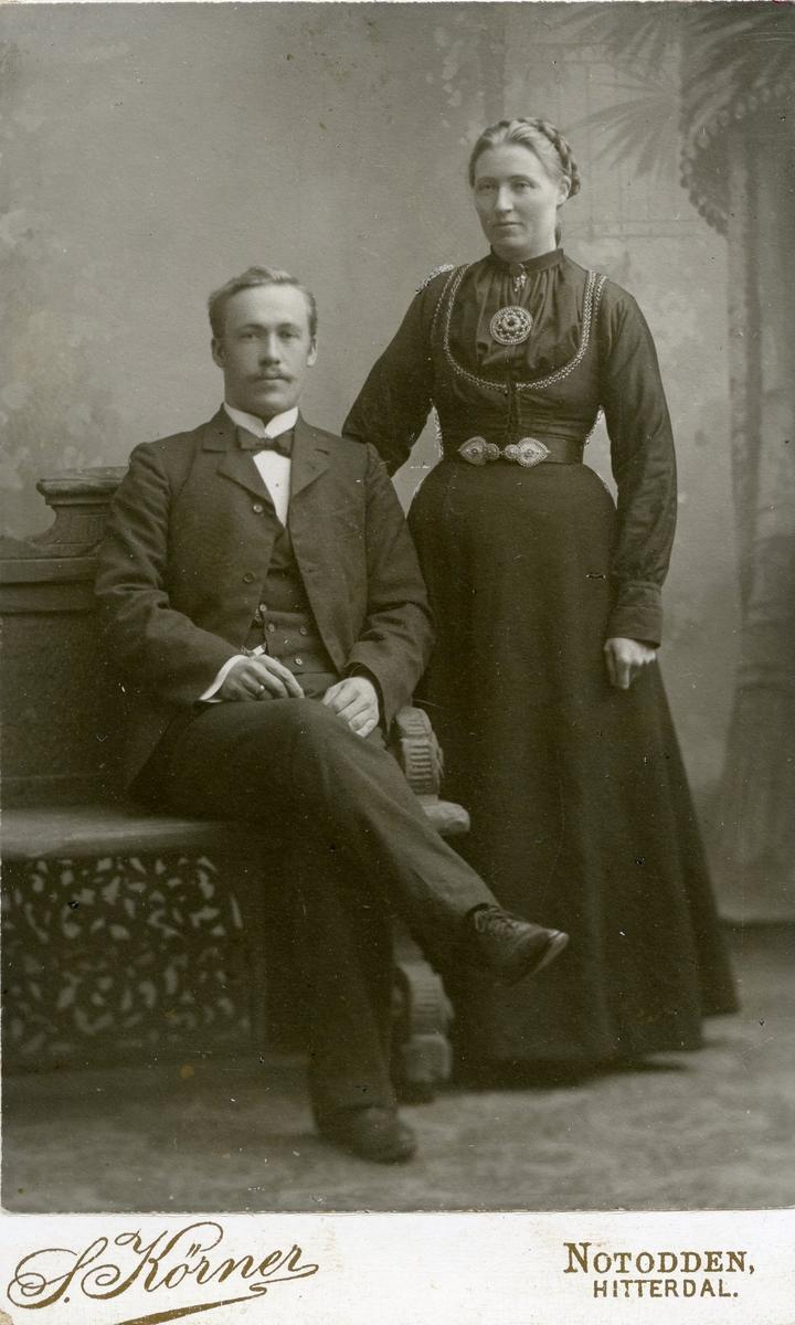 Parbilde av Olav G. Helland og Aslaug Gutukjær Helland