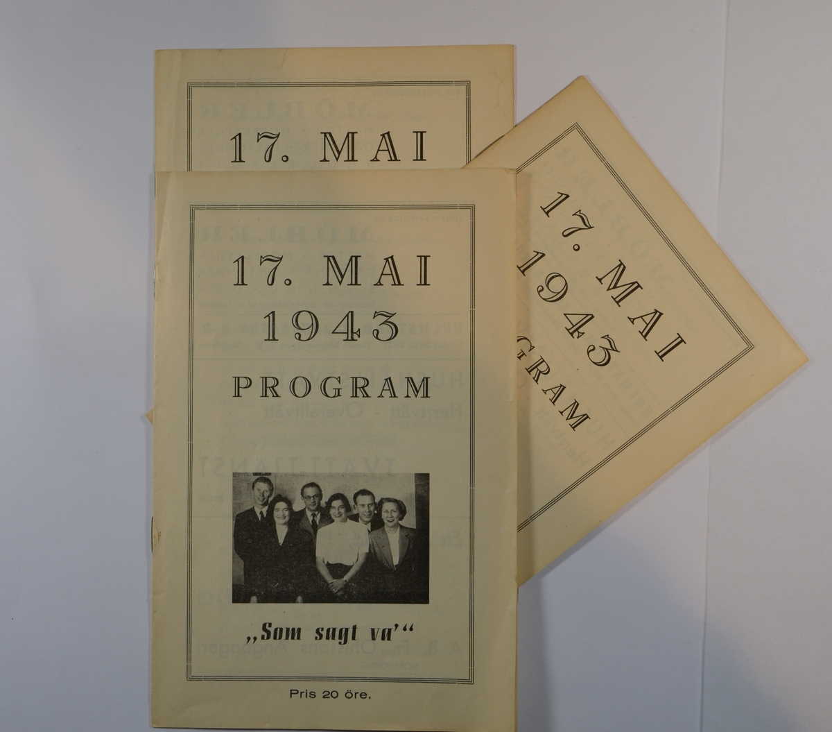 """17. mai 1943 program til revyen: """"Som sagt va"""", skrevet av Eva Scheer og Ben London. Trykket av Kjellman & Bothvidson Tryckeri, Norrköping 1943."""