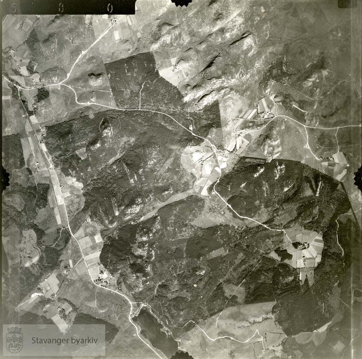 Jfr. kart/fotoplan G10/580..Melshei..Se ByStW_Uca_002 (kan lastes ned under fanen for kart på Stavangerbilder)
