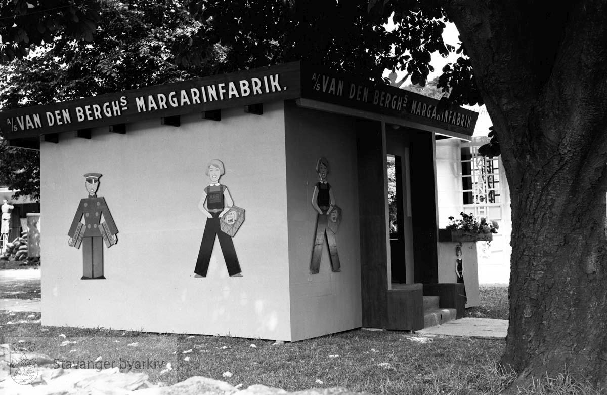 Varemessen i Bjergsted, a/s Van Den Berghs margarinfabrikk .Norges varemesse