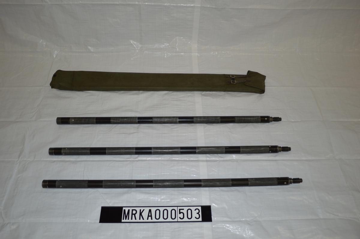 3-delad läskstång som monteras med borstviskare eller läskända. Fodral för förvaring.