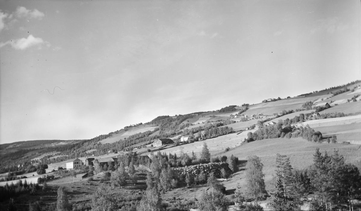 Østre Gausdal med Midtvold til venstre
