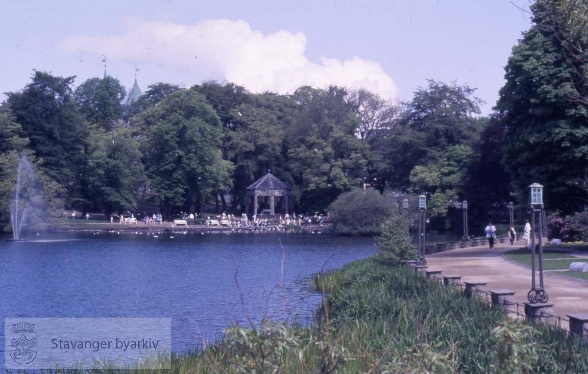 Byparken og Breiavatnet