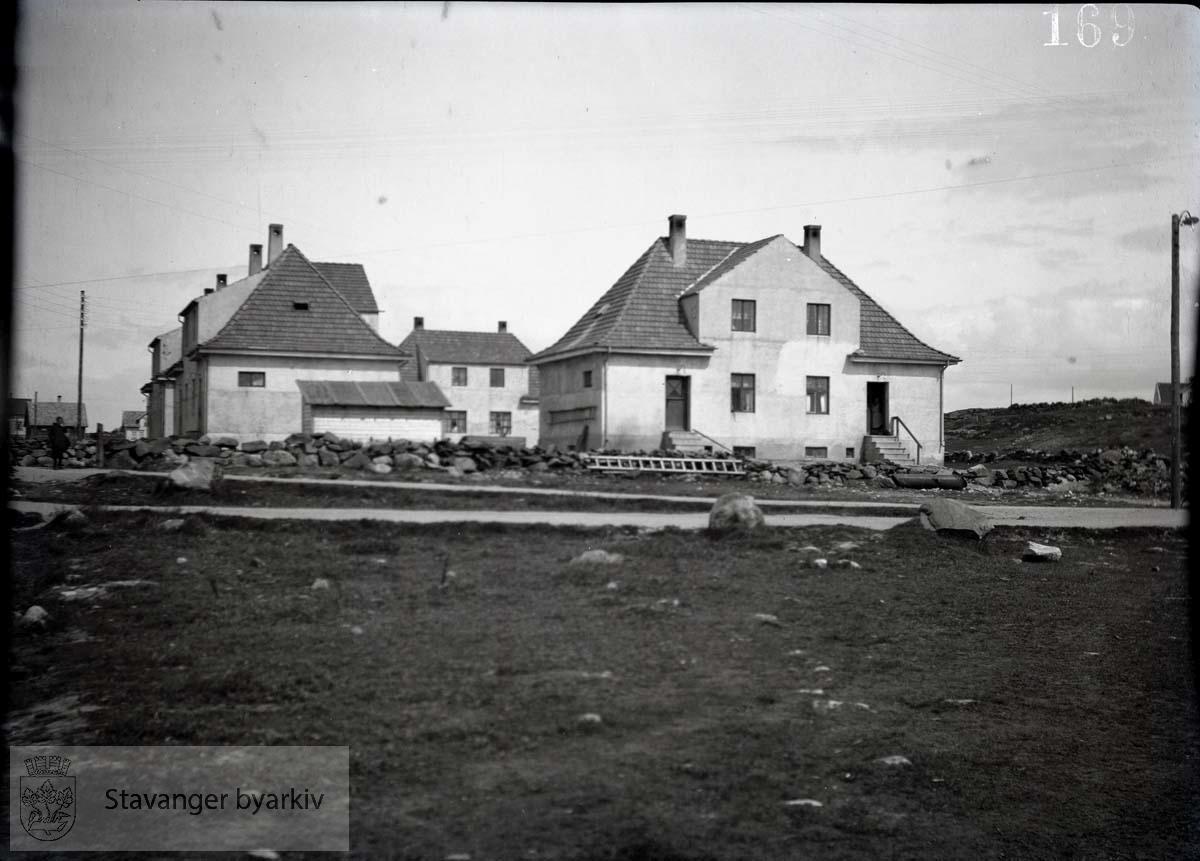 4 murhus med skråtak.Rosenberg Mekaniske Verksted
