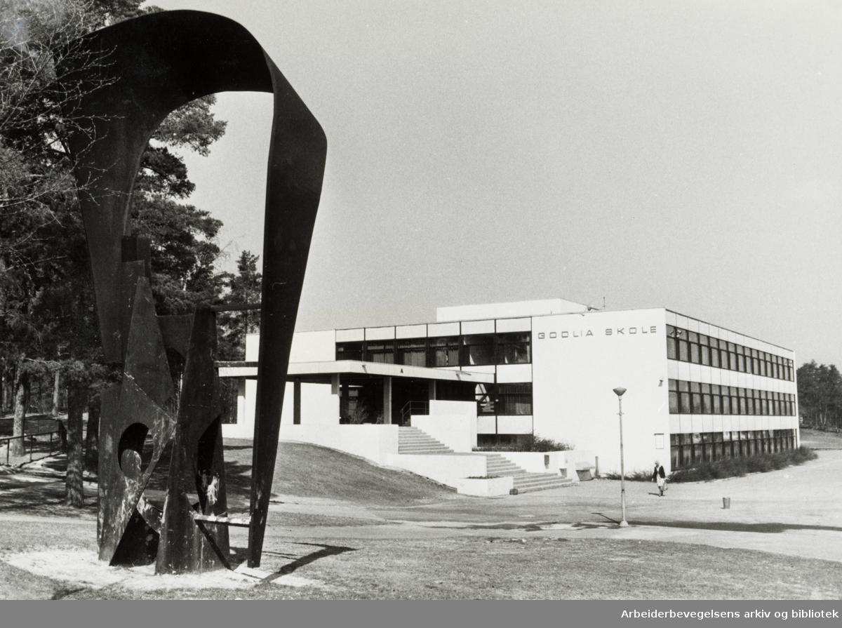 Golia skole. 8. mai 1978