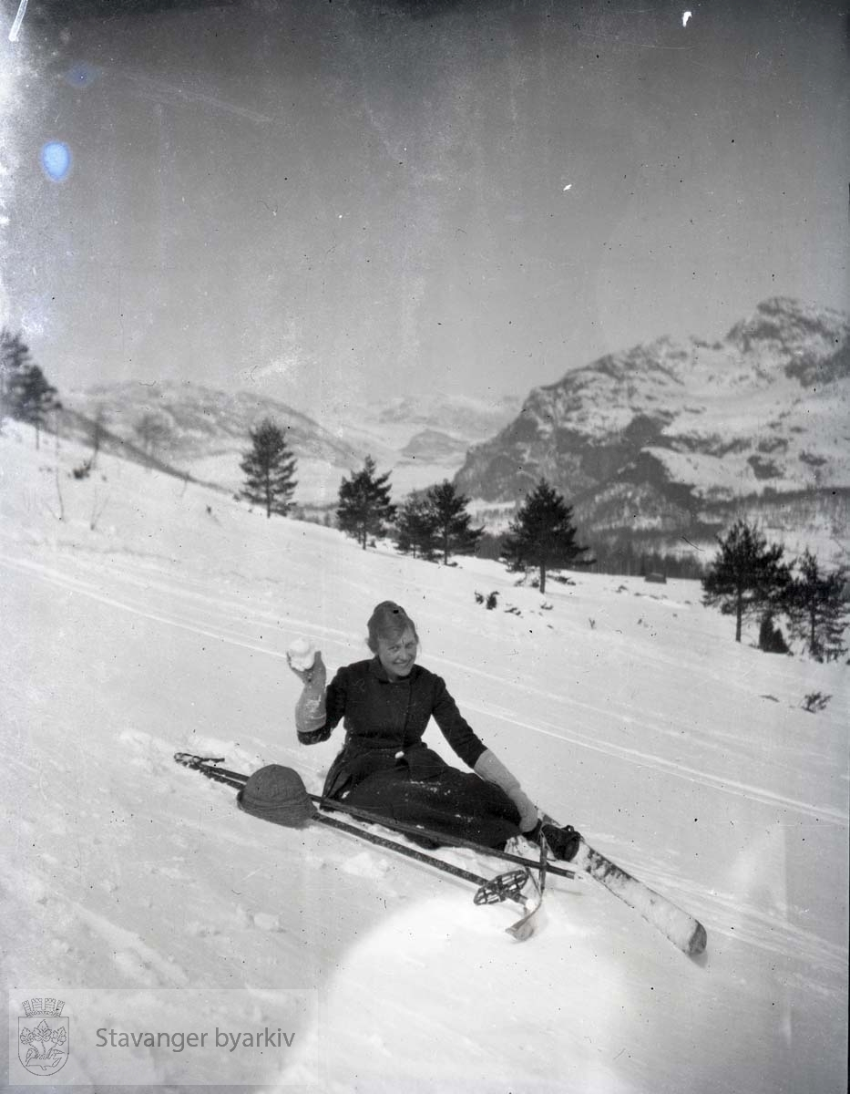 Vinterlandskap.På ski i heia