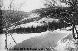 A: Utsigt fra Tofte Høilids Hotel, Hundorp. Eneret: Elstad