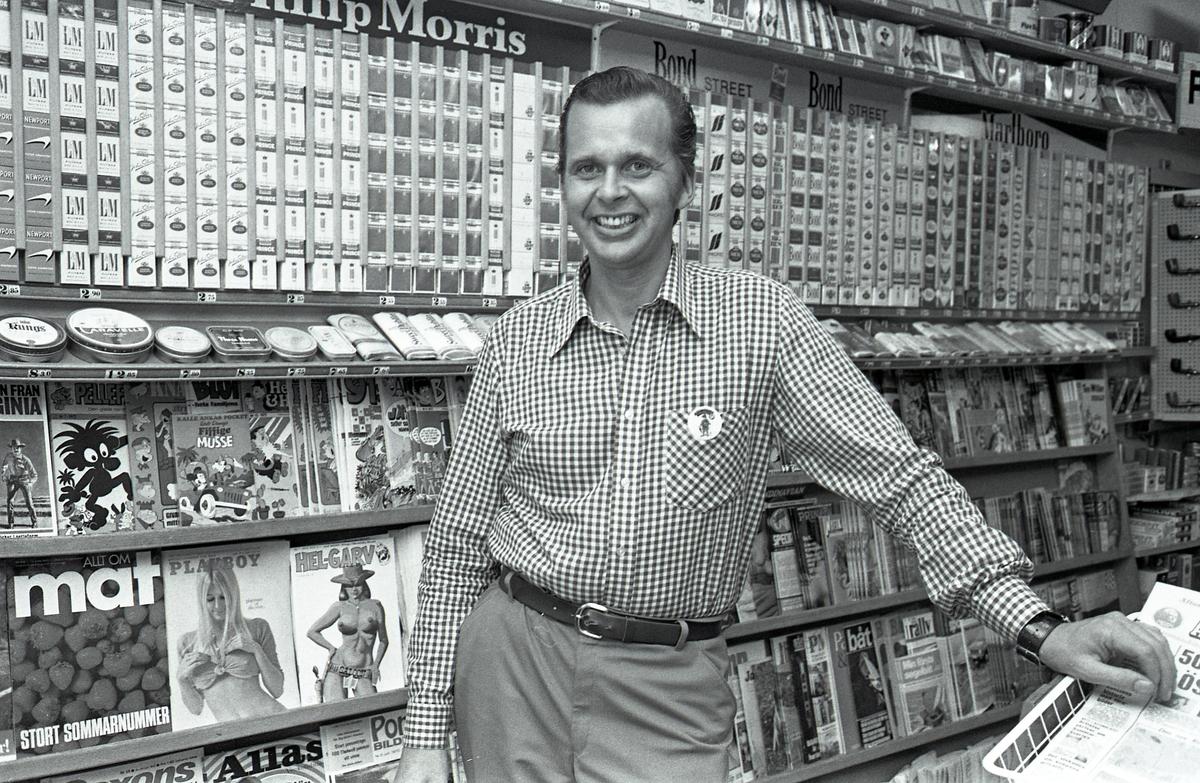 Yngvar Gunnarsson bland tobak och tidskrifter Tobaksaffär