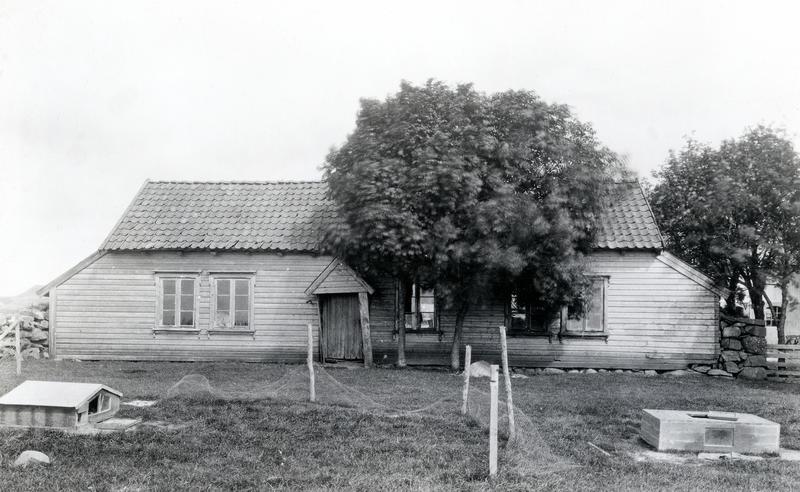 Huset fra Lende fotografert før riving i 1933.