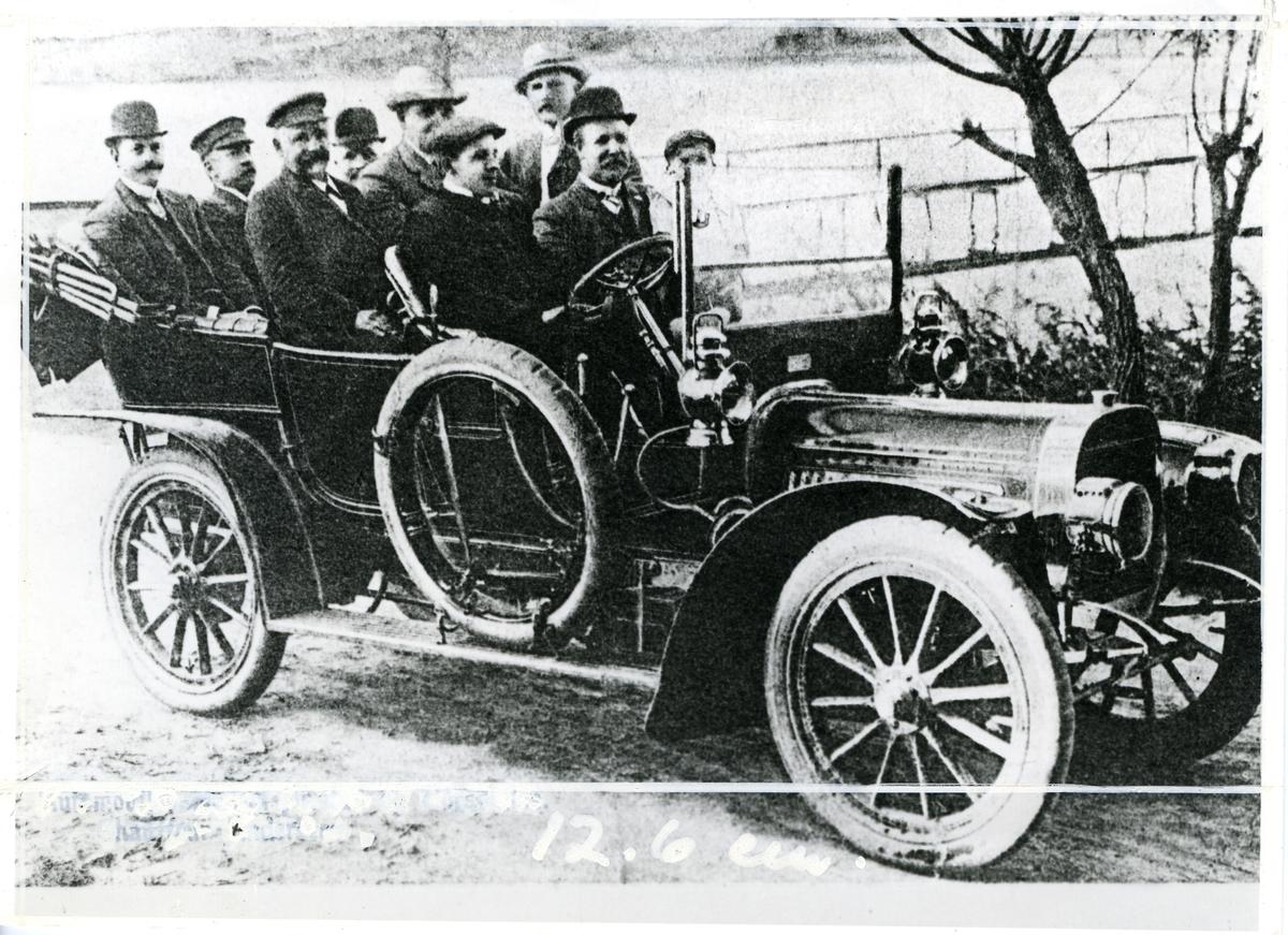 Fredrikstad (trolig) Automobil Første bil til Thorsøkilens bad