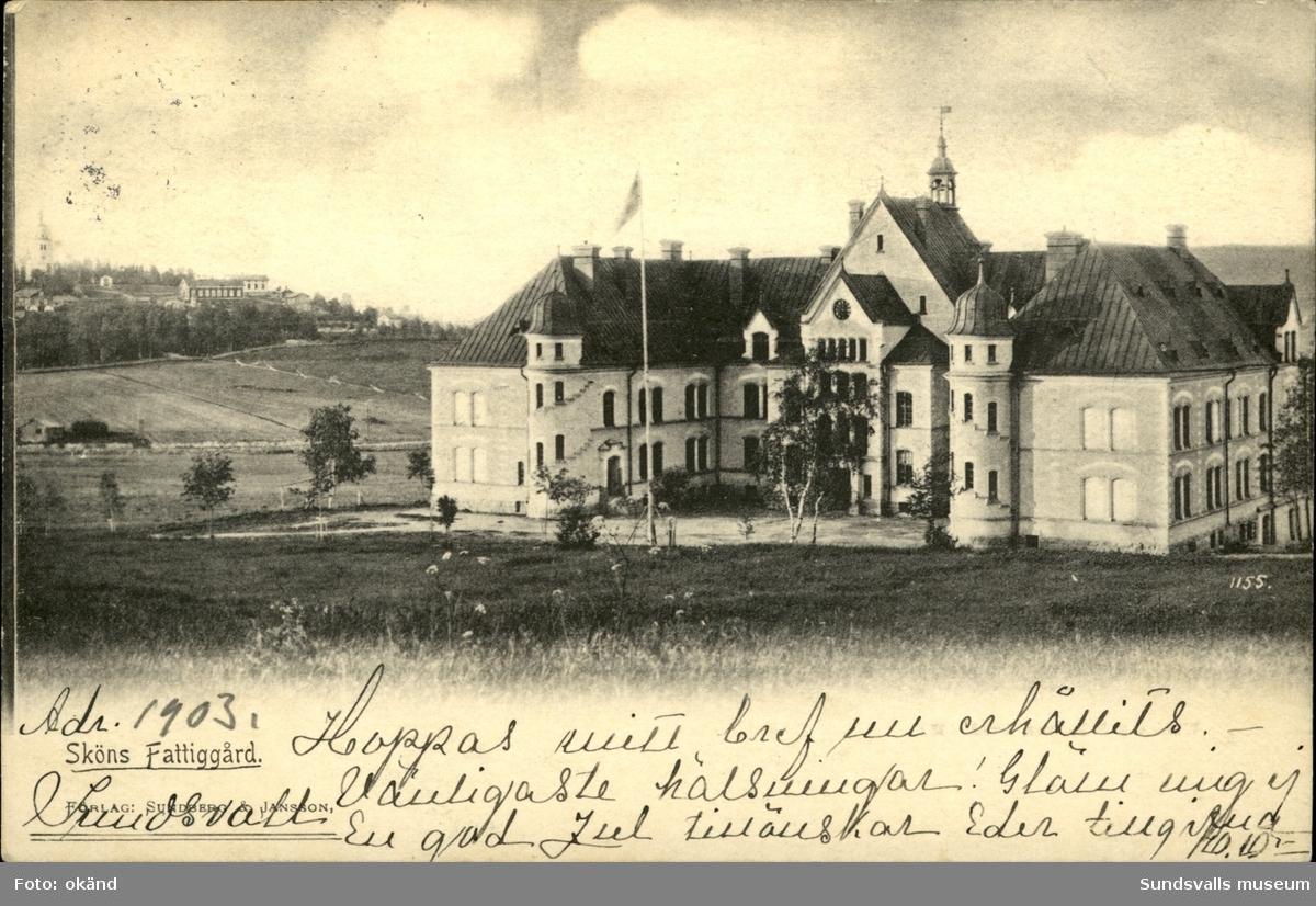 Vykort över Sköns fattiggård i Sundsvall.