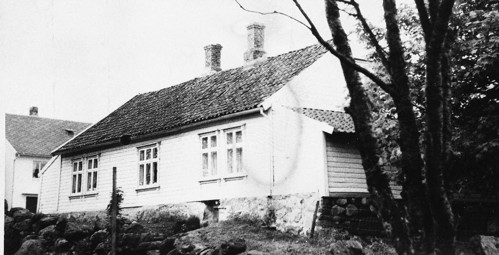 Våningshuset til Carl Stangeland på Ree. Huset er nå (1990) rive.