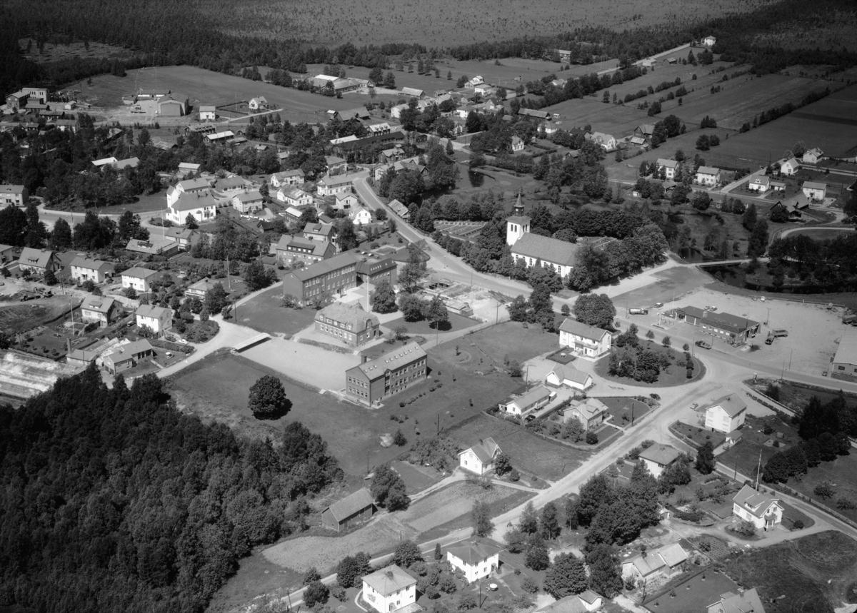 Flygfoto över Anderstorp i Gislaveds kommun, Jönköpings län. Nr 1123/1961