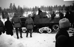 Artilleritraktor Landsverk. Dragfordon till 21 cm Haubits m/