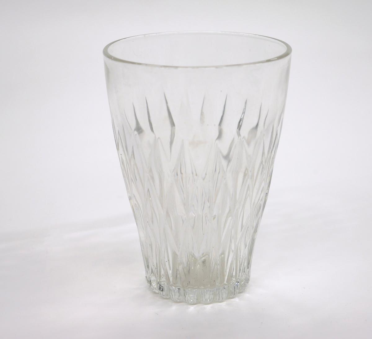 Ofärgat glas, Duralex.