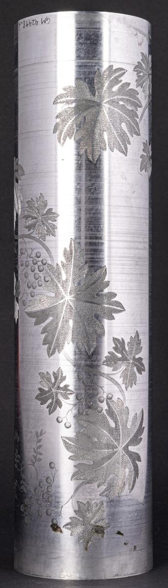 Tryckvals av koppar från Gefle porslinsfabrik. Dekor Vinranka. Bricka.