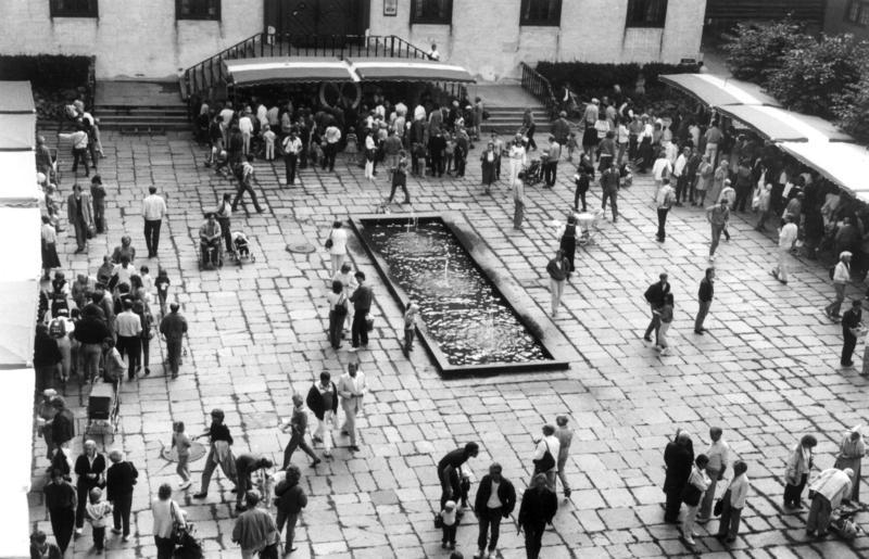 Markedsdager på Torget i 1984 (Foto/Photo)