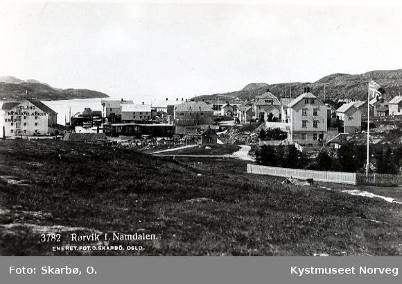 Rørvik sentrum, sett fra nord for Fjellheim-tomta
