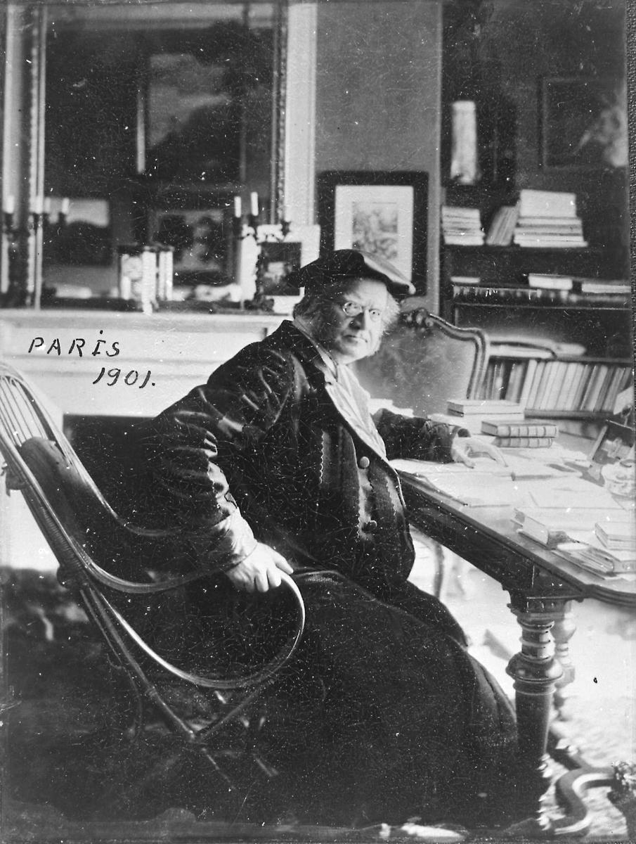 Portrett, Bjørnstjerne Bjørnson, Paris, skrivebord, lua